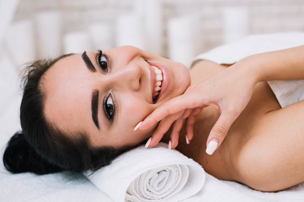 Facials at Dermavilla Thane